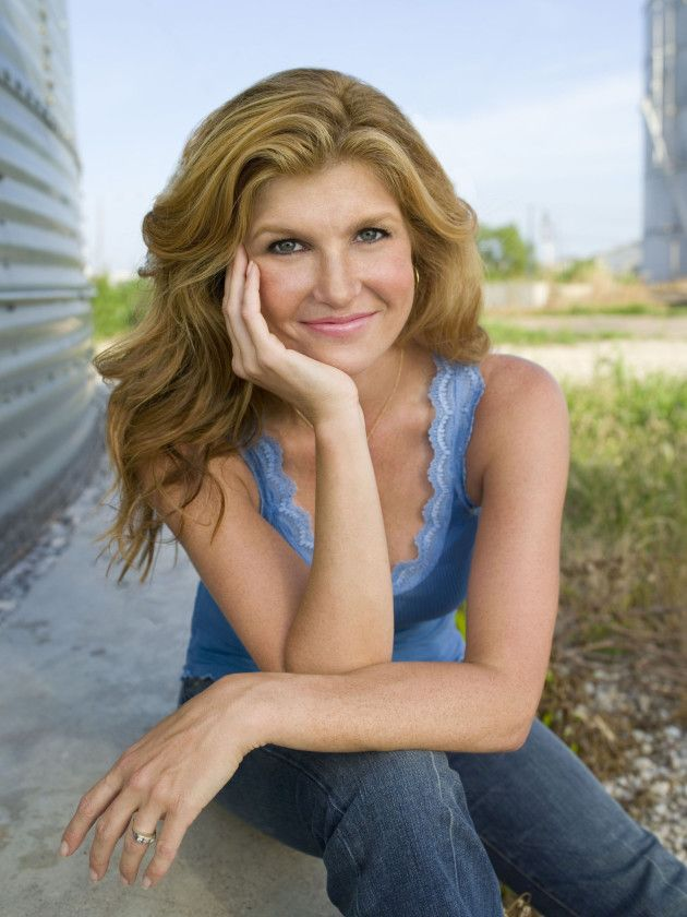 """Connie Britton, Planned Parenthood Team Up on """"What Would Tami Taylor Do?"""" T-Shirt"""