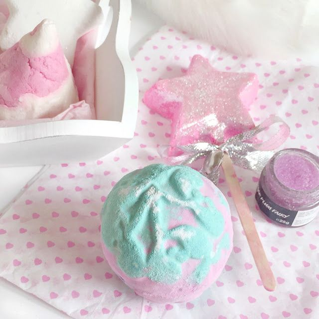 Christmas Lush Haul 2016 | Mistletoe Bath Bomb