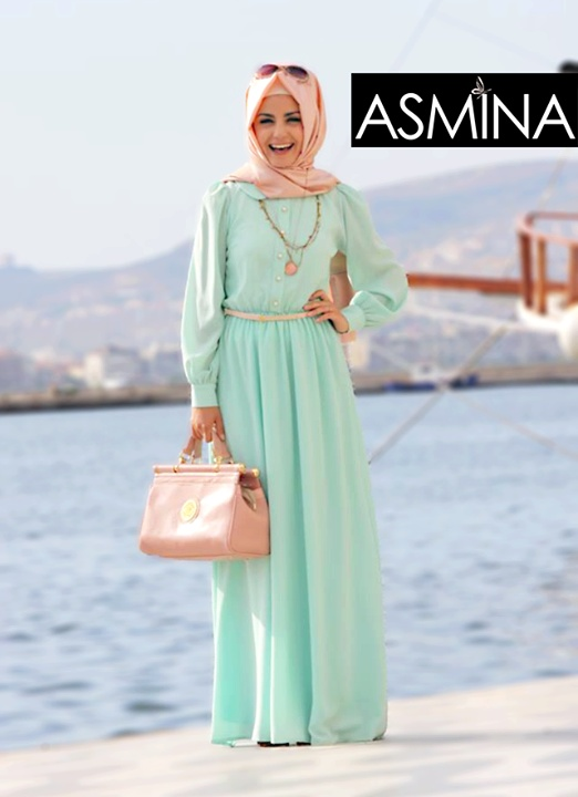 beautiful mint  pink outfit. love the dress