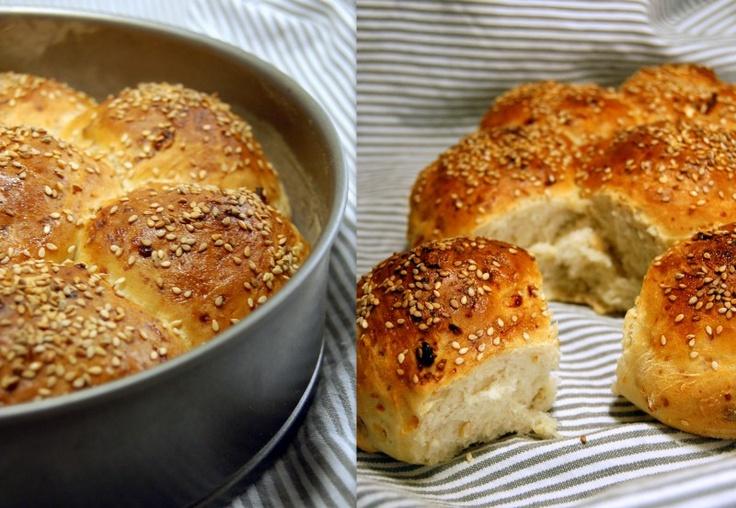 Brytbröd med keso och cashewnötter