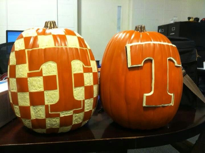 Love these pumpkins ~ Check this out too ~ RollTideWarEagle.com for great sports stories that inform and entertain, plus Train Deck to learn the rules of the game we all love, College Football. #SEC #CFB #Vols #Tennessee