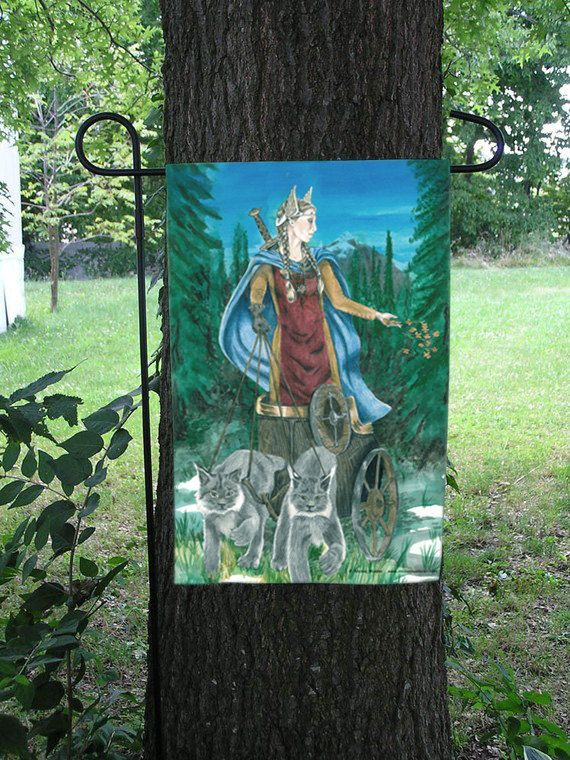 gods greek mythology and thor essay View notes - achiron zeus essay from english la literature at robbinsville high school zeus - king of gods zeus, in greek mythology, is the king of gods, and god of the sky and lightning.