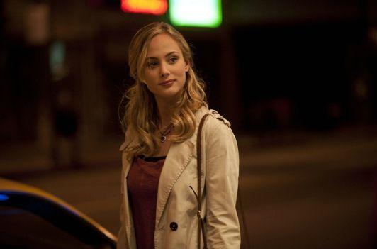 Nora Arnezeder plays Chloe Tousignant in the Series ZOO.