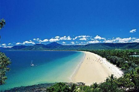 Four Mile Beach, Port Douglas Queensland