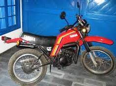 1983 - Yamaha DT 180 1982 - não tenho foto mas era similar a esta