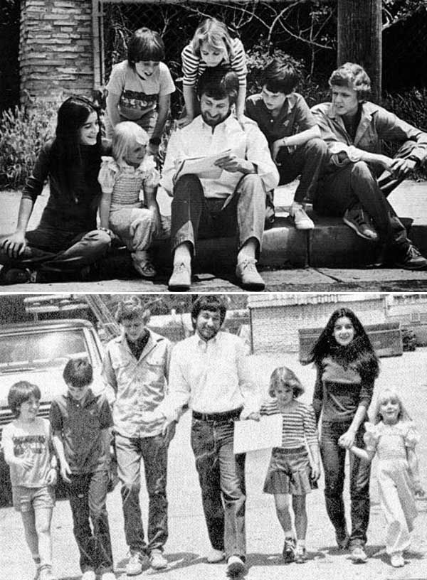 """Steven Spielberg's """"children"""" from the Poltergeist cast (Heather O'Rourke, Oliver Robins, Dominique Dunne) and the E.T. cast (Drew Barrymore, Henry Thomas, Robert MacNaughton)"""