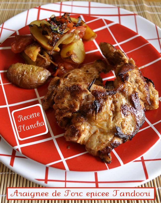 Araignée de porc épicée, une recette plancha servie avec des pommes de terre, tomate, piment et oignons frais bio