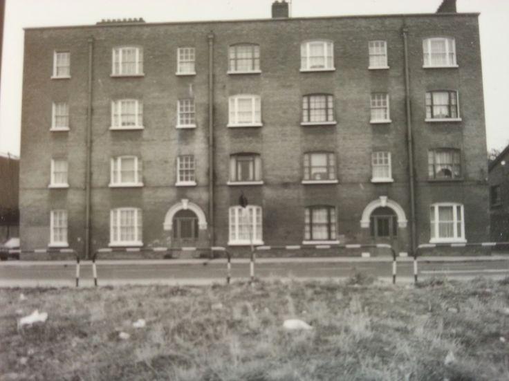 ImageShack - Moss St., City Quay, Dublin 2.jpg