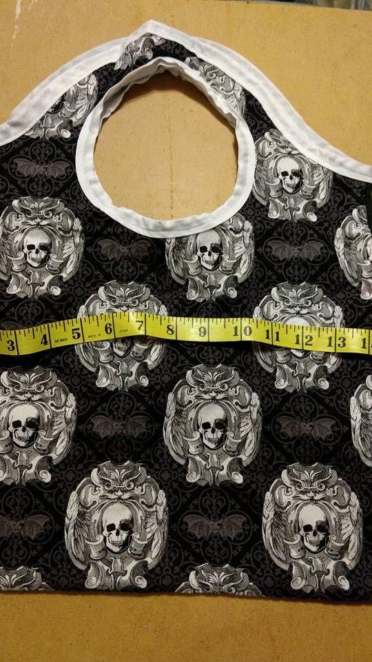 Skulls tote bag - gift bag - gothic - horror - reusable bag - fabric bag - cosplay - fandom - material - fabric - steampunk - travel bag by Blackrose37 on Etsy