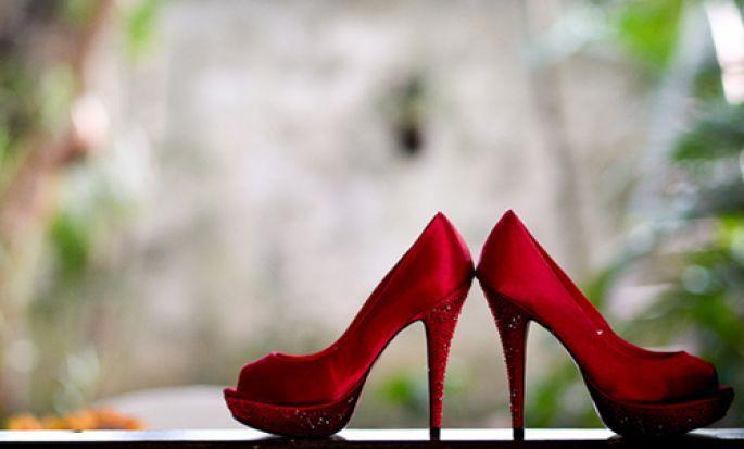 40 Awesome novia con zapatos rojos images