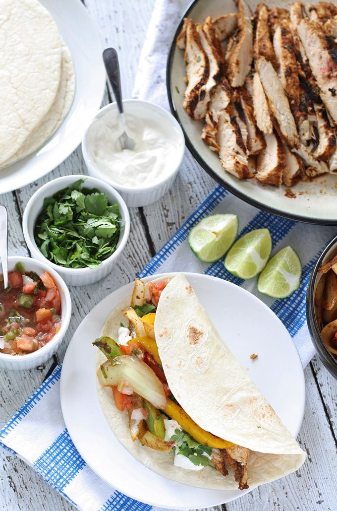 Make everyone happy with today's Daily Dish Recipe for chicken fajitas.
