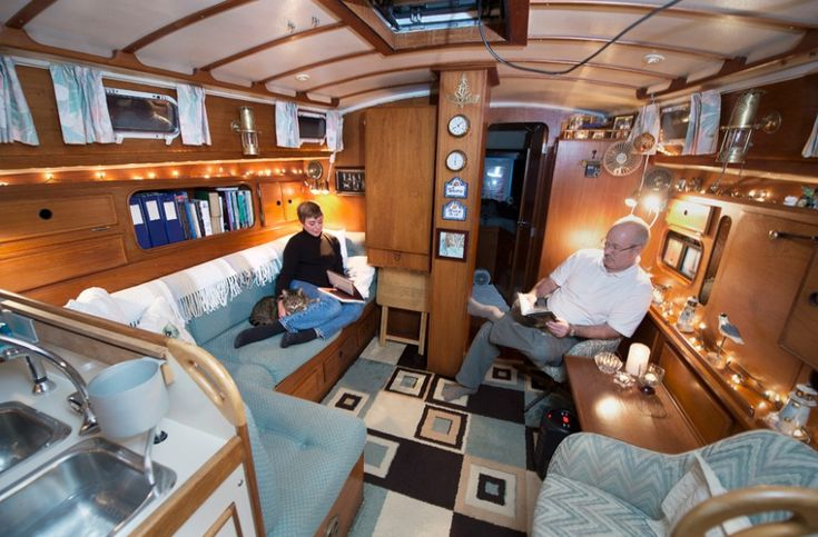 House Boat Interior House Boats Boat Houses Pinterest