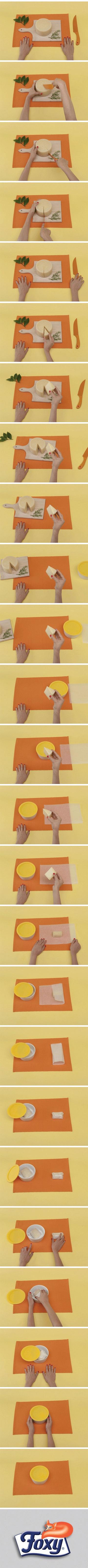 Formaggi  Se avanza del formaggio, avvolgilo in un foglio di carta oleata e riponilo in un contenitore. Assicurati sempre che il coperchio sia ben chiuso: i formaggi possono assorbire gli odori da altri cibi e, nei casi di formaggi molto forti o stagionati, rilasciare il loro odore. Quindi, meglio isolarli: un frigo gusto gorgonzola non è sempre piacevole.  Scopri tanti altri segreti per ottimizzare la conservazione dei cibi su www.foxymega.it