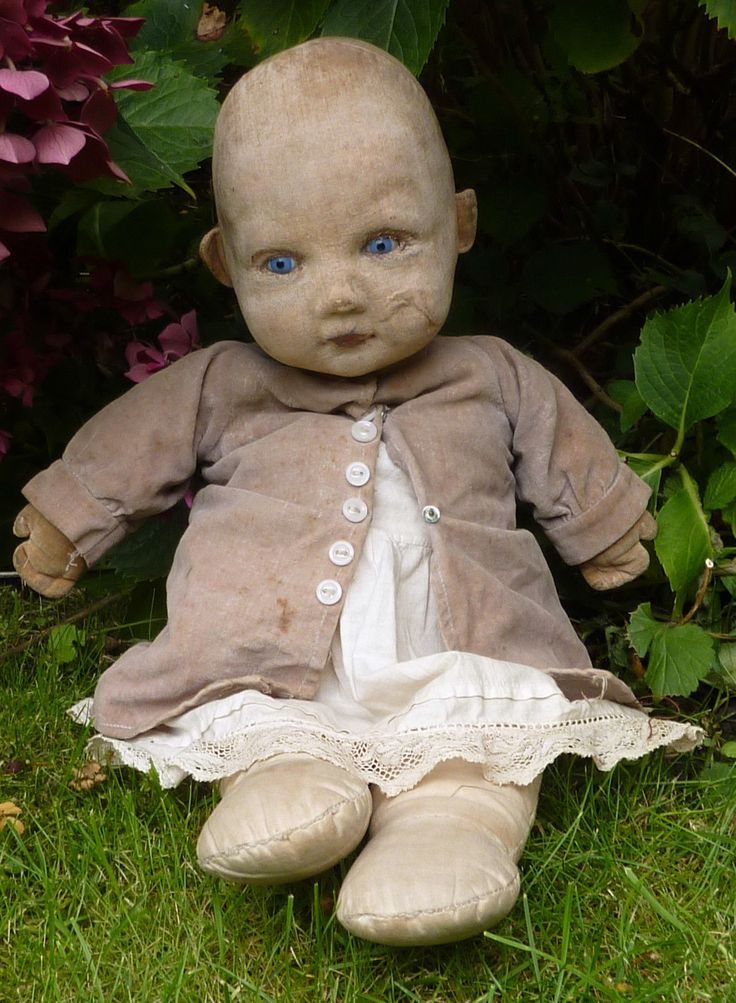ANTIQUE VINTAGE NORAH WELLINGS BABY DOLL 18"