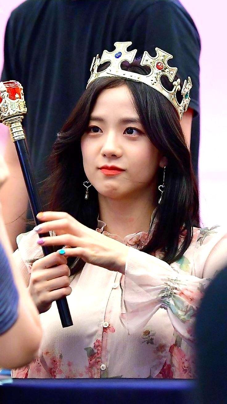 Blackpink Jisoo Cute Queen Jisoo Wallpaper 081020 K Pop Stock Blackpink Jisoo Black Pink Kpop Black Pink