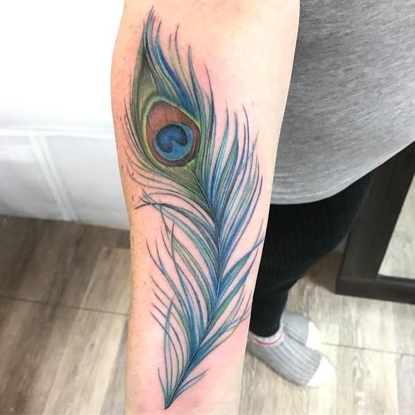 1bd1656bf25cd Realistic and symbolic peacock feather tattoo | Peacock feather ...