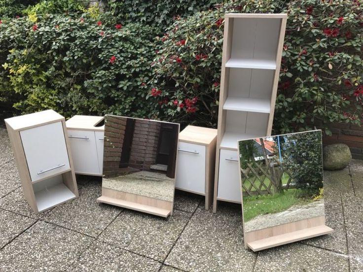 Wir Verkaufen Ein Komplettes Badezimmermöbel Set, Bestehend Aus 2 Großen  Spiegel (inkl.