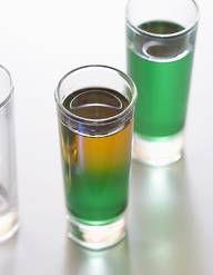 Recette Cocktail Pineapple margarita à la tequila et ananas : Mettez tous les ingrédients dans un blender. Ajoutez des glaçons et mixez jusqu'à obtenir un mélange homogène. Versez dans un verre décoré d'une rondelle de citron vert. Servez immédiatement....
