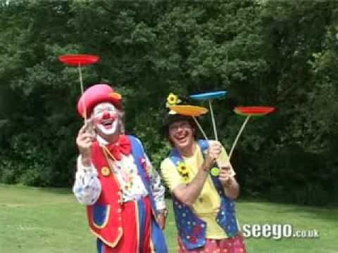 Big Red Noses (A Clown Song) by Julian Mount - YouTube