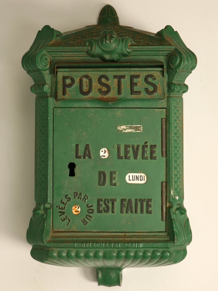 green mail goodness: Posts Boxes, Postbox, Postal Boxes, Mailboxes, French Antiques, Vintage Green, Vintage Mailbox, Mail Boxes, Letters Boxes