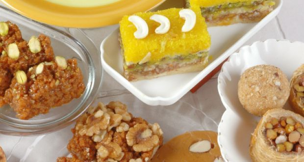 Sohan Halwa Recipe - Sohan Halwa is a traditional Indian sweet made with maida, milk and dry fruits. Traditionally it is made in circular rounds.