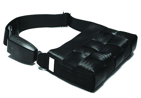 borsa realizzata con cinture di sicurezza by 959