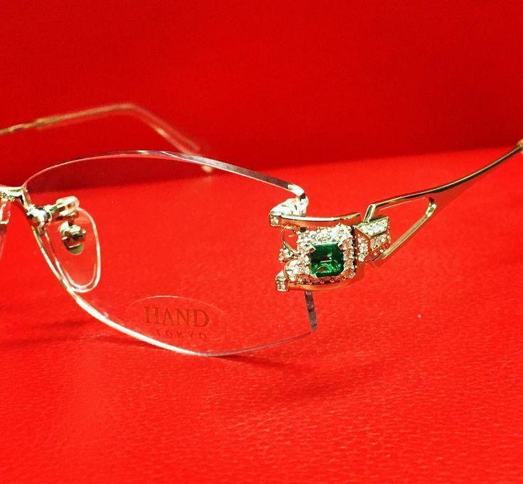 K18PinkGold/Pt900/ Emerald/Diamond 「八重霞 YAEGASUMI」 ¥2,150,000」  #glasses  #lunettes #occhiali  #アイウェア #jewelry #eyewear  #japan #メガネ #眼鏡 #ジュエリー #bijoux #gioielli #optical #mido2017 #instagram #diamond #sunglasses #مجوهرات #Brille #optician #luxurious #gold #tortoiseshell #luxury #garrard #Watches #celebrity #fashion #emerald http://tipsrazzi.com/ipost/1523214300129621397/?code=BUji1XsBXWV