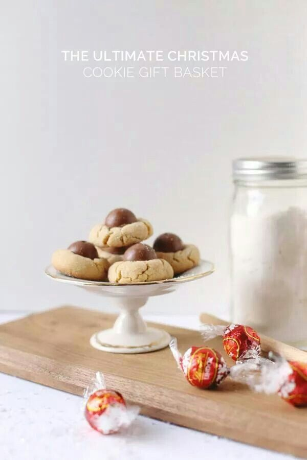 Lindt Christmas Cookies with a Lindor on top! #LindtTheSeason