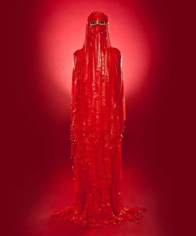 Burka made of red Fruit Roll-Ups...Fruit Rolls Up Burka, Fashion Wardrobes, Red Burka, Fruit Rollups, Red Fruit, Fruitrollup Burka, Hijabs, Rolls Up Burka D, Amazing Burka