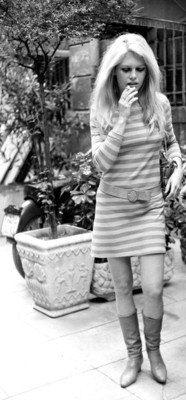 Dress style brigitte bardot