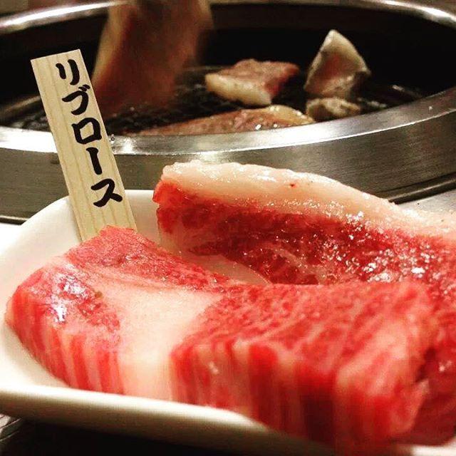 GW最終日です みなさん、連休は楽しめましたか?天気もとてもよく最高のGWになりました。明日からお仕事の方が多いです、スタミナつけて明日から頑張りましょう! #beef #instafood #photograph #food #dinner #delicious #drink #japansefood #noto #hidekura #gw #wakuraonsen #japan #ひでくら #焼肉 #肉 #能登 #能登牛 #北陸 #ゴールデンウィーク