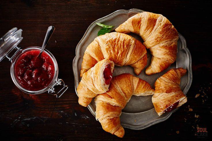 """Jagoda, morela, porzeczka, rabarbar, truskawka, wiśnia. #Nadzienia i #marmolady w """"owocowej"""" sesji dla branży #piekarniczej. Dlaczego zimą? Po prostu tęsknimy za tymi smakami ;)"""