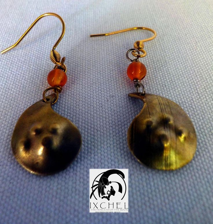 small drop earring made with radiator sheets with a little agat. by ixchelco on Etsy