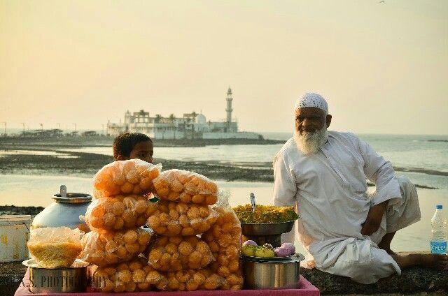 Pani puri stall, Haji Ali, Mumbai, India