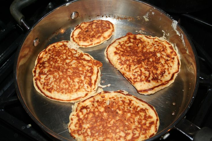 Leftover Oatmeal Pancakes - Very good! The flavor & texture are like French toast!
