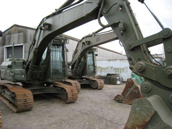 Armored Vehicles For Sale >> Caterpillar Military Equipment | Caterpillar 320 B tracked ex military excavator // Caterpillar ...