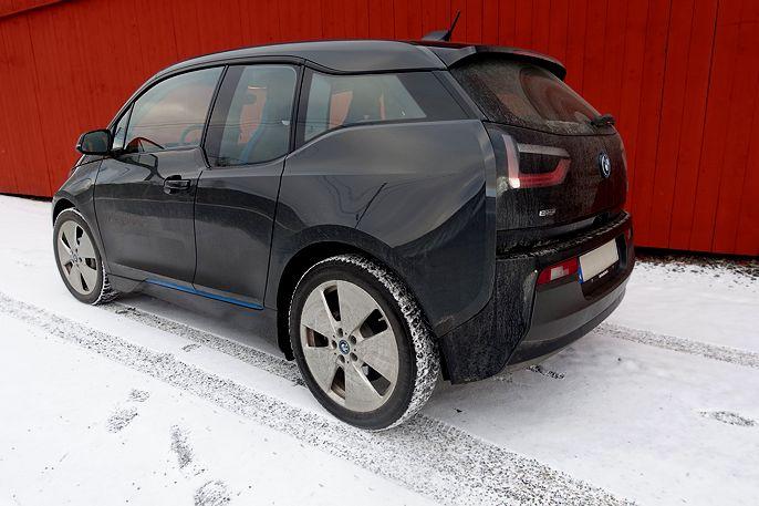 BMW i3 som vinterbil. #bmw #i3 #bmwi3 #ev #cars #motor #Automotive #biler