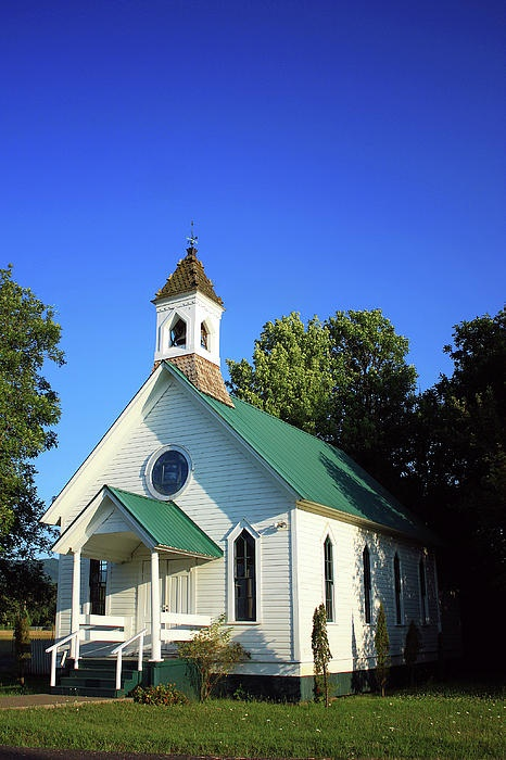 Little White Chapel, would be better with red tin roof and door