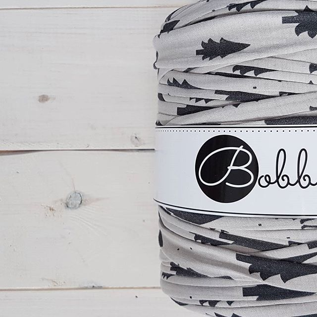 Hello weekend #bobbiny #topquality #tshirtyarn #grey #yarn #crochet #knitstagram #knittersofinstagram #yarnporn #inspiration #makrame #scandinavian #scandinavianstyle #trapillo #trapilho #makrama #sznurek #sznurekbawełniany #rekodzielo #handmade #diy #craft #madewithlove #madetocreate