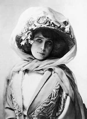 April 5: On this date in 1875, entertainer Mistinguett was born. Read more about her here: http://www.yodaslair.com/dumboozle/mist/mistdex.html.