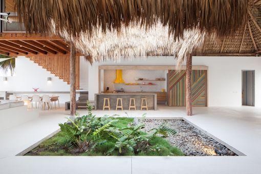 Casa de playa en un rancho de diseño: patio central