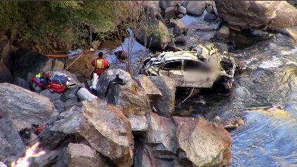 Two bodies pulled from wreck in King River