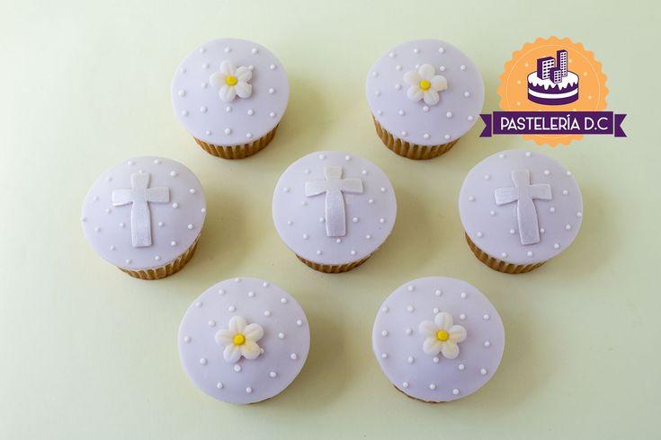 Cupcakes para Primera comunión o Bautizo / First Communion or Baptism cupcakes.