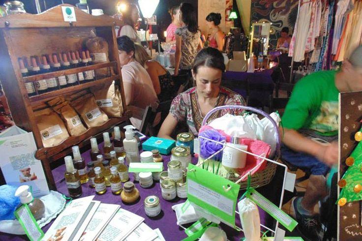 BUENASIEMBRA: La Vuelta hacia las Antiguas Hierbas Medicinales.....