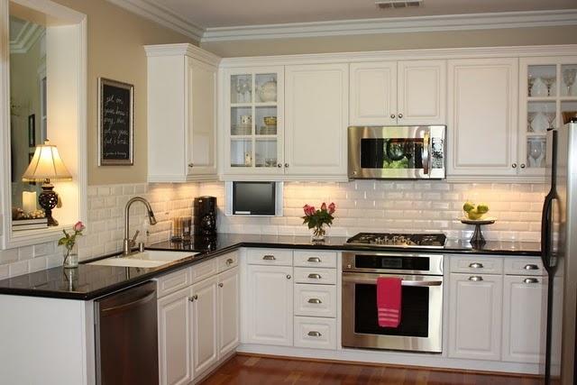 Loving white kitchens.