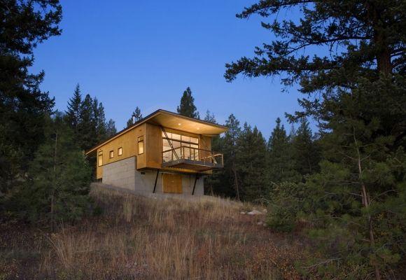 Pine Forest Cabin, Winthrop, Washington by Balance Associate Architects