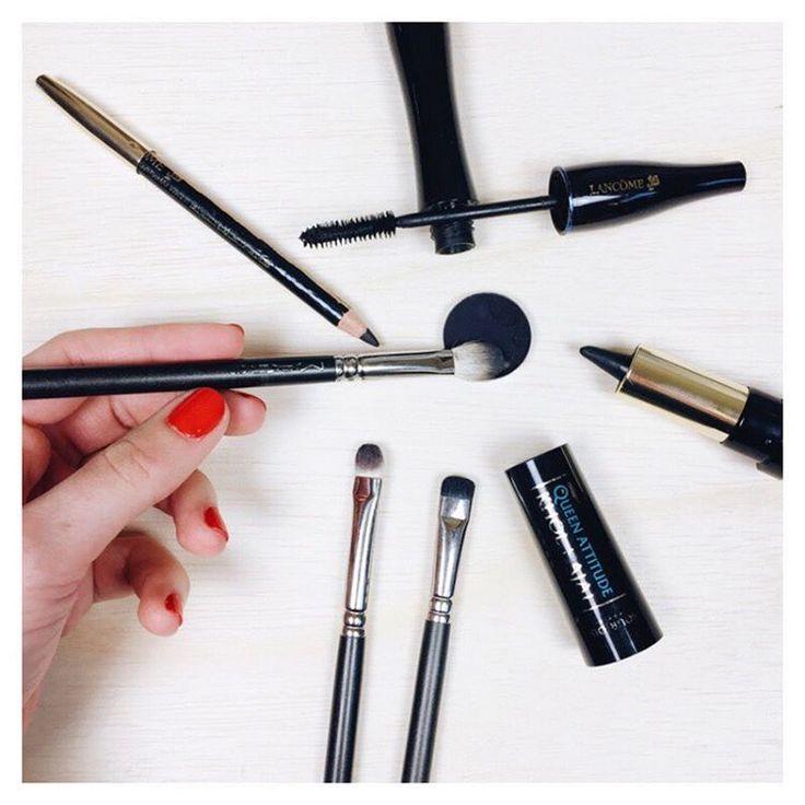 Makeup du jour : BLACK SMOKY-EYES  @bdcbleblog