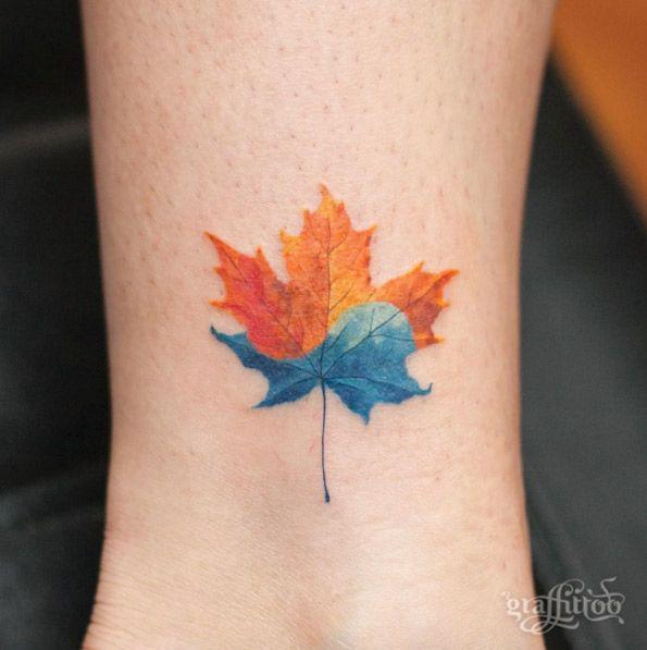 Corea / canadiense de la hoja de arce del tatuaje por tatuador río