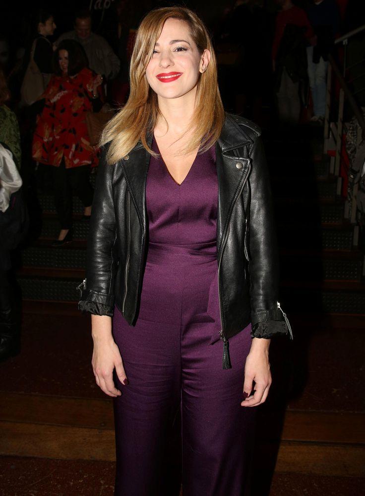 Νατάσσα Μποφίλιου: Με σικάτη ολόσωμη φόρμα και νέο χτένισμα! - JoyTV