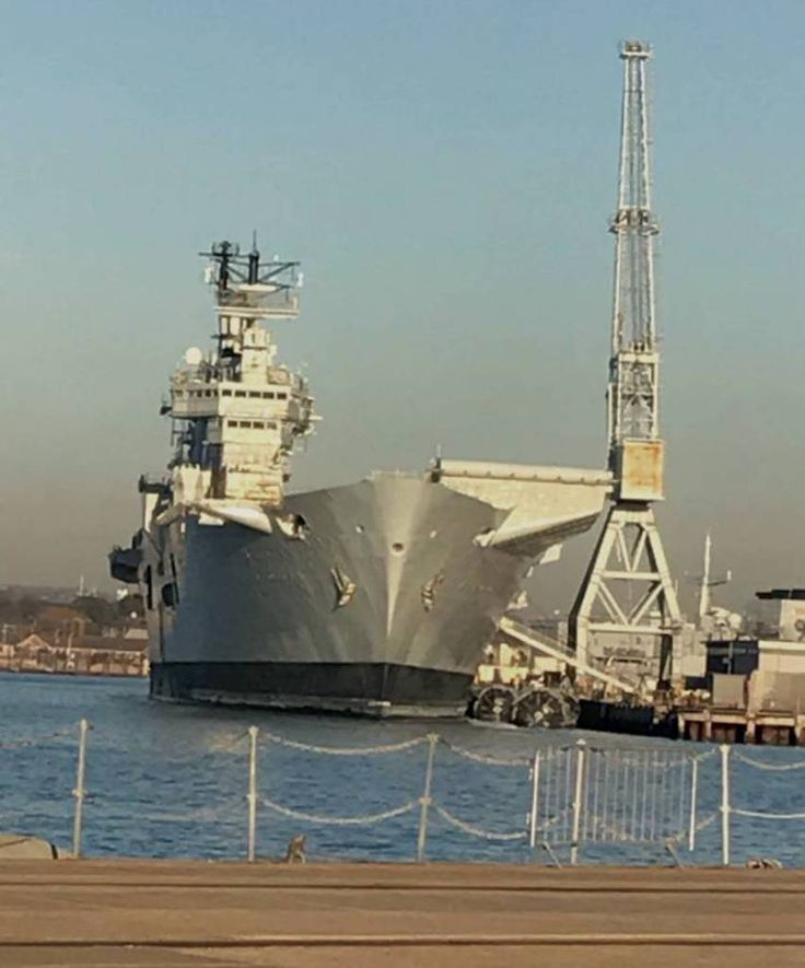 HMS Illustrious awaiting her final voyage, December 2016, headed to Turkey for breaking up. In service 1982-2014.